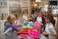 Zeepjes maken tijdens je kinderfeestje   Tips & leuke adressen voor kinderfeestjes vind je op Kidsproof.