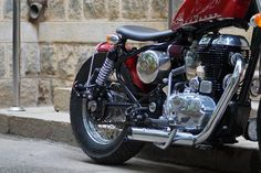 Red Baron - 500cc Royal Enfield Modified by Bulleteer Customs