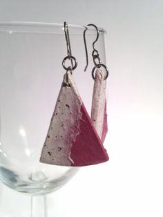 Triangle Raspberry White Hanji Paper Earrings OOAK by HanjiNaty #Jewelry #Earrings
