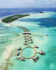 Here's the ultimate list of the best Maldives resorts for your next tropical vacation. Which Maldives resort is perfect for you? Best Resorts In Maldives, Maldives Destinations, Beach Honeymoon Destinations, Visit Maldives, Maldives Travel, Dream Vacations, Vacation Spots, Maldives Villas, Maldives Honeymoon