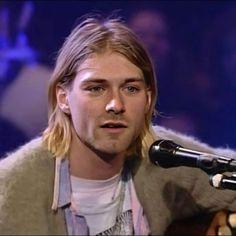 Frances Bean Cobain, Nirvana Lyrics, Donald Cobain, Nirvana Kurt Cobain, Ootd, Dave Grohl, Gibson Les Paul, Van Halen, Indie Music