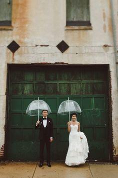 雨予報でも落ち込まないで!雨の日の結婚式は〔幸せになれる〕3つの言い伝えがあるのを知ってる?♡にて紹介している画像 もっと見る