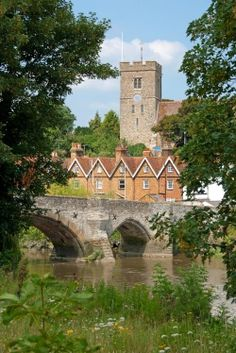 ღღ Aylesford,, a lovely village in Kent UK. Near Maidstone, a beautiful place to visit.
