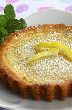 """Sweet and Simple Lemon Tart 