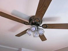 Ceiling Fan Blades Replacement Roof With White Color ~ http://lovelybuilding.com/looking-for-a-ceiling-fan-replacement-blades/