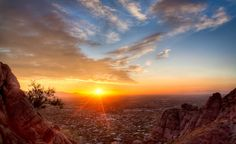 Sunset Over Phoenix - from www.wheretowillie.com