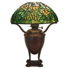 Tiffany Studios lamp, bronze canister base