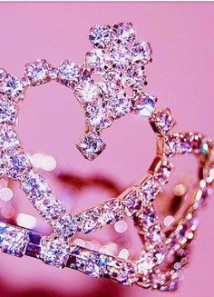 Pink crown iPhone wallpaper