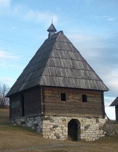 Traditional serbian homes [Building] - Architecture and Urban Living - Modern and Historical Buildings - City Planning - Travel Photography Destinations - Amazing Beautiful Places Vernacular Architecture, City Architecture, Historical Architecture, Serbia Travel, Belgrade Serbia, Abandoned Buildings, Urban Planning, Macedonia, Montenegro