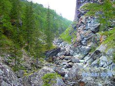 Скалы и лес (Россия, Buryatiya Republits)