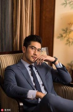 Black Baby Hairstyles, Trendy Hairstyles, Asian Men Hairstyle, Asian Hair, Male Stories, Godfrey Gao, Grey Blonde, Handsome Asian Men, Man And Dog