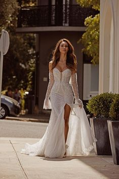 Wedding Dresses With Sleeves - New ideas Pretty Wedding Dresses, Wedding Dress Trends, Bridal Dresses, Wedding Gowns, Wedding Dress Corset, Wedding Ideas, Wedding Bride, Wedding Stuff, Beautiful Gowns