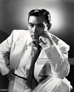 Mexican-born actor Anthony Quinn (1915 - 2001), circa 1945.