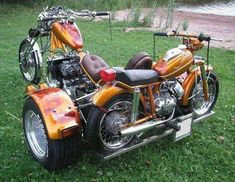 The only acceptable trike is a DOHC that's capable of hauling another bike along with it. Custom Trikes, Custom Motorcycles, Custom Cars, Cars And Motorcycles, Custom Bobber, 3 Wheel Motorcycle, Volkswagen Type 3, Cowboys From Hell, Tricycle