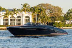 Yachtpics.com - Palm Beach, FL