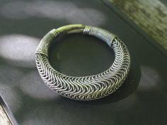 Handgemachte Tribal Miao Silber gewickelten von SkyesPurpleCloud
