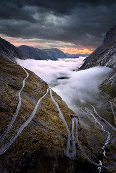 Trollstigen Norway by pascal Kiszon
