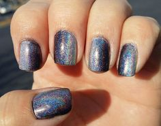 Glittery Fingers & Sparkling Toes: Black & Silver Holographic Gradient