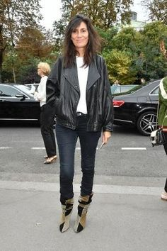 Emanuelle Alt is seen arriving at Chloe fashion show during the Paris Fashion Week Spring/Summer 2017 on September 29 2016 in Paris France | @andwhatelse by amandawest