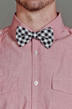 Gingham Bowtie Vintage Military Uniforms, Jack Threads, Bowties, Well Dressed Men, Gingham, Graphic Tees, Faces, Boys, Classic