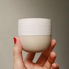 #gres #stoneware #ceramics #ceramic #cup #ceramicsmagazine #ceramiclicious #teaaddict #teabowl #pottery #potterywheel #wheelthrown #wheelthrownpottery #instapottery #pottersofinstagram #keramik #ceramiclove #contemporarycraft #contemporaryceramics #kitchengoods #ceramiclove