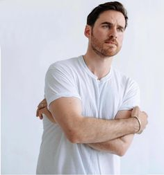 """""""Here is Colin O'Donoghue to brighten your TL😍❤️ Killian Hook, Killian Jones, Hook Game, Mckenna Grace, Evil Queens, Hook And Emma, Ginnifer Goodwin, Hottest Male Celebrities, Colin O'donoghue"""