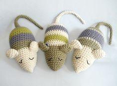 Baby Knitting Patterns Yarn Crochet Patterns – Crochet Pattern for a 'Sleep Mouse', DIY – a Design … Chat Crochet, Crochet Mouse, Crochet Amigurumi, Crochet Gifts, Crochet For Kids, Amigurumi Patterns, Crochet Dolls, Crochet Yarn, Crochet Cat Toys