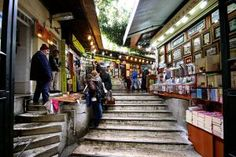 10 Things to do in Istanbul - Istanbul Book Bazaar