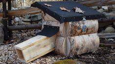 Ett hus för igelkottar Firewood, Texture, Crafts, Diy, Furniture, Home Decor, Gardening, Surface Finish, Woodburning