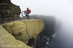 Hans Rey and Steve Peat: On the Most Terrifying Mountain Bike Trail On Earth [VIDEO]