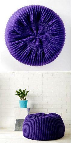 Wonderful Crochet Ideas For Bags And House Items - Diy Rustics Crochet Shirt, Crochet Tote, Crochet Purses, Crochet Gifts, Crochet Scarves, Crochet Yarn, Crochet Stitches, Crochet Cushion Cover, Crochet Cushions
