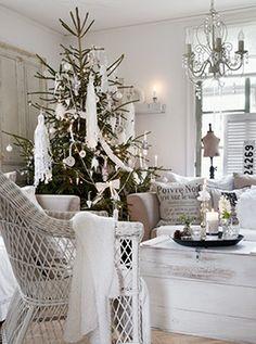 Cristmas Shabby Chic decoration - #home_design #home_decor #home_ideas #kitchen #bedroom #living_room #bathroom - http://myshabbyhomes.com/cristmas-shabby-chic-decoration/
