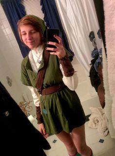 Super cute Link / Linkle cosplay by Amber Lynn <3