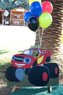 Kara's Party Ideas Blaze and the Monster Machines Birthday Party Blaze Birthday Cake, Birthday Fun, Monster Birthday Parties, Monster Truck Birthday, Festa Monster Truck, Monster Party, Blaze And The Monster Machines Cake, Jelly Beans, Birthday Party Decorations