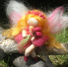 Wee Roses Garden Bendy Fairy - Needle felted soft sculpture - Waldorf ...1000 x 991 | 386.9KB | www.etsy.com