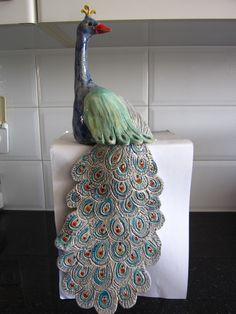 ceramic artwork טווס. עבודת יד קרמיקה