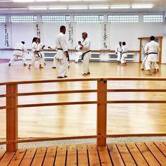 Taikikan-Dojo  #karate #karatedo #shotokan #kihon #kata #kumite #randori  #training #brücke #keiko #waza #dan #meistergrad #meister #budo #budoka #kuroobi #blackbelt #kampfkunst #martialarts #karetefamily #karatemaster #karateislife #karateman #karate4live #karateteam