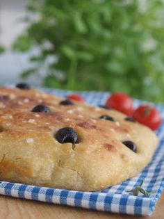 » Eltefri focaccia Bread Baking, Baked Goods, Muffin, Rolls, Pie, Buns, Breakfast, Desserts, Food