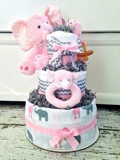 Baby Shower Gift Basket, Boho Baby Shower, Baby Shower Diapers, Baby Boy Shower, Baby Shower Gifts, Baby Gifts, Baby Shower Cupcakes For Girls, Baby Shower Themes, Baby Shower Decorations