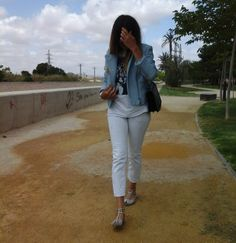 Zara  Chaquetas, Lefties  Camisetas and Escada  Jeans