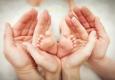 Семья - это важно! Семья - это сложно! Но счастливо жить одному не возможно! Всегда будьте вместе, любовь берегите, обиды и ссоры подальше гоните, хочу чтоб про вас говорили друзья: КАКАЯ ХОРОШАЯ ВАША СЕМЬЯ / Дети - это счастье!