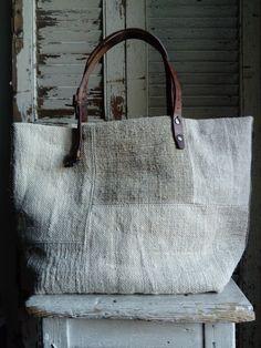 Image of Sac Basic Bag Handmade Handbags, Handmade Bags, Sacs Tote Bags, Fru Fru, Boho Bags, Linen Bag, Fabric Bags, Shopper Bag, Purses And Handbags