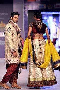 Models showcase creations by designer Sharad Raghav during a fashion show at the Rajasthan Fashion Week (RFW) 2013 in Jaipur on May 11, 2013.