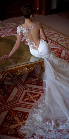 wedding dresses with tattoo effect 4