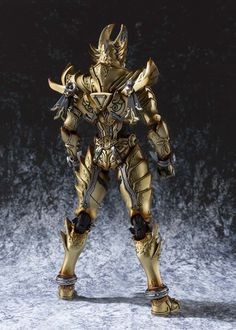 Amazon.co.jp | 魔戒可動 黄金騎士 ガロ(冴島鋼牙) 約190mm 塗装済み可動フィギュア | ホビー 通販