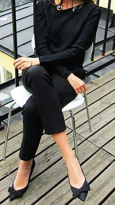 Channeling Audrey Hepburn. All black and cute bow shoes.