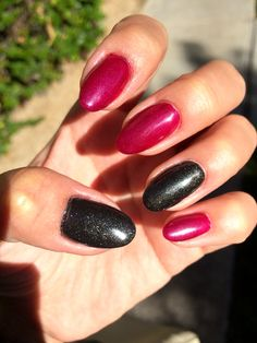 Sparkling gray and deep magenta - great for fall!