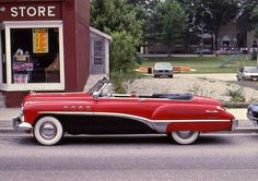 1949 Buick Roadmaster~would make a nice sled Vintage Cars, Antique Cars, Vintage Room, Retro Cars, Convertible, Buick Roadmaster, Buick Cars, Posters Vintage, American Classic Cars