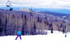 It's looking like will be a great ski season in Colorado! Here's a roundup of Colorado Ski Deals for families, including kids ski free. Ski Deals, Ski Packages, Kids Skis, Ski Season, Ski Holidays, Family Kids, Austria, Skiing, Colorado