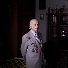 Soviet Jewish World War Two veteran Semion Tzvang 89, Friday, April 12, 2013. Tzvang joined the Red Army in 1941 and served in the First Ukrainian Front, a Soviet army group. He fought in Kiev, Prague and Berlin. (photo credit: AP /Oded Balilty)